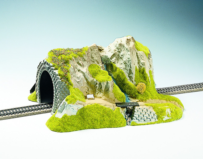 02200 Noch HO Diorama con tunnel e accessori