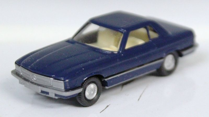 Wiking HO 1:87 Mercedes-Benz 350 SL blu