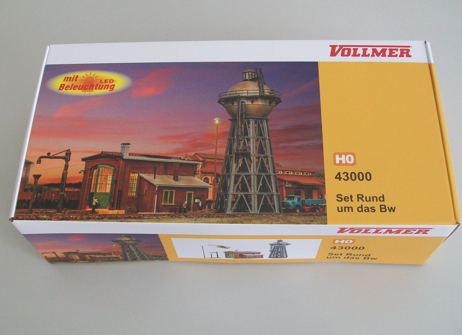 43000 Vollmer HO Set deposito locomotive con illuminazione e accessori sc. 1:87