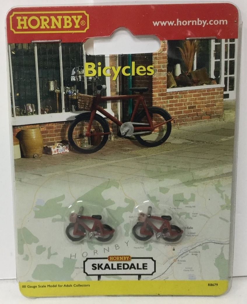 R8679 Hornby Confezione 2 biciclette scala HO/OO