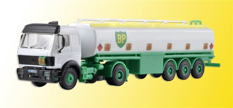 14670 Kibri HO Autocisterna Mercedes carburanti BP in kit montaggio scala 1:87