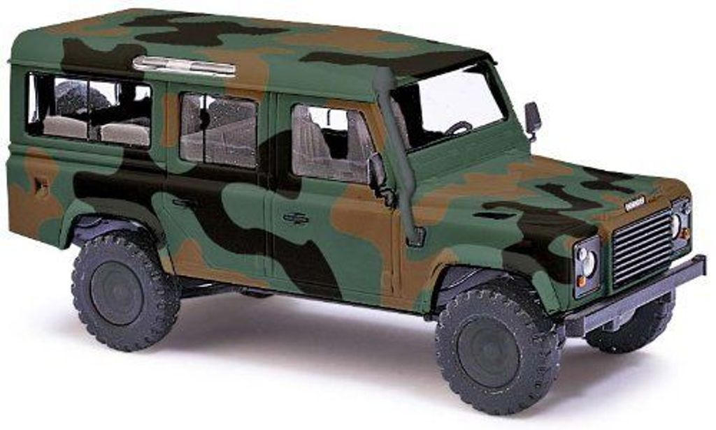 50304 Busch HO scala 1:87 Land Rover Defender in livrea mimetica