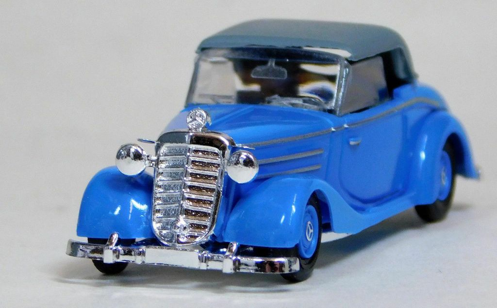 40526 Busch HO Mercedes-Benz 170s blu Decapottabile scala 1:87