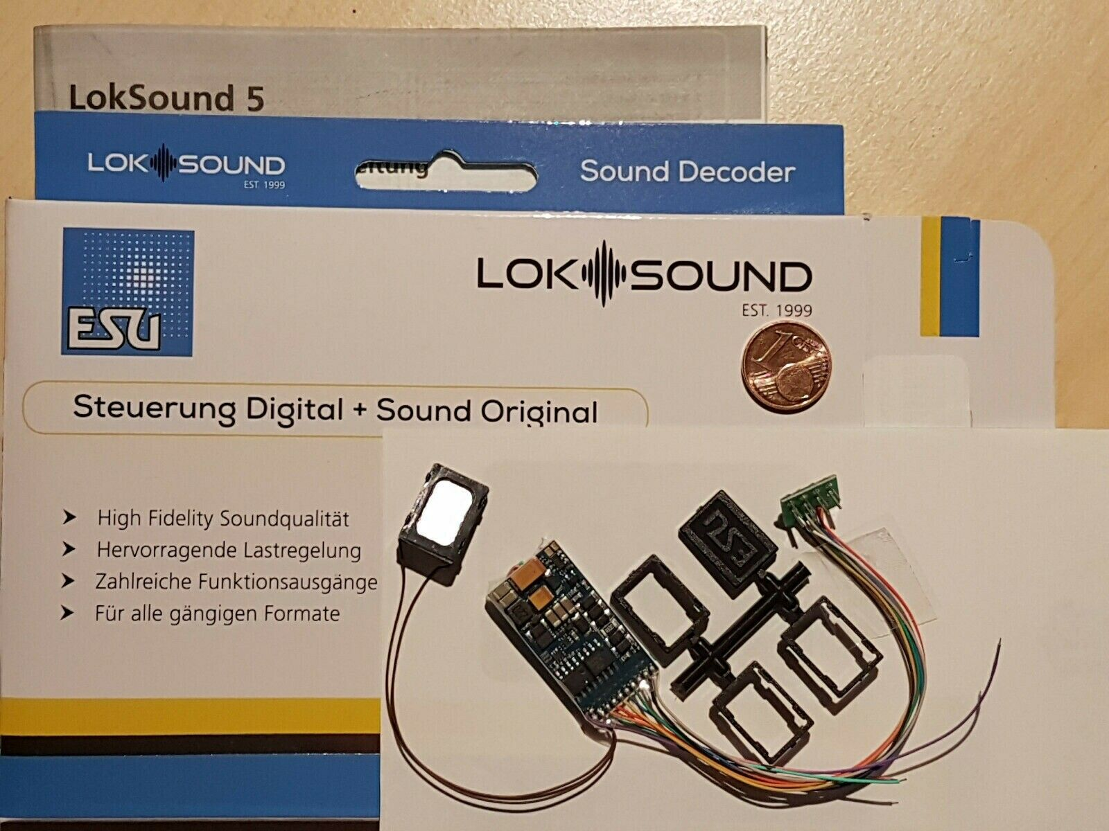 ESU ELECTRONIC 58410 - LokSound 5 decoder DCC Sound 8 pin NEM 652