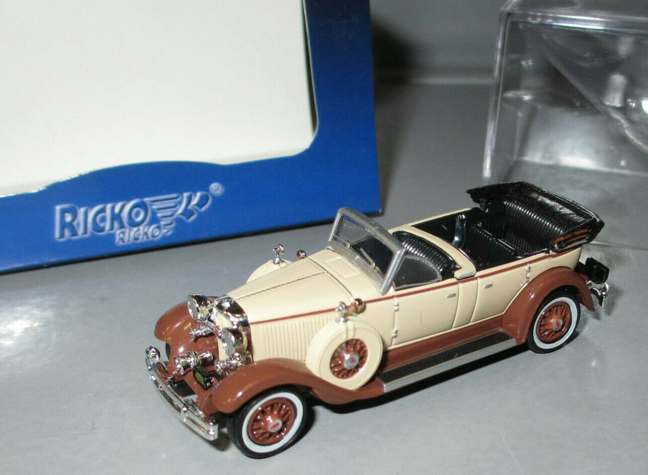 38763 Ricko HO Lincoln Model K, 1931 colore Beige e Marroncino scala 1:87