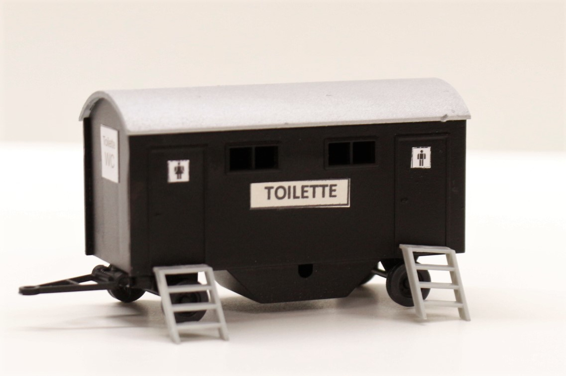 1019DM Carro con toilette mobile montato colorato e illuminato scala HO 1:87