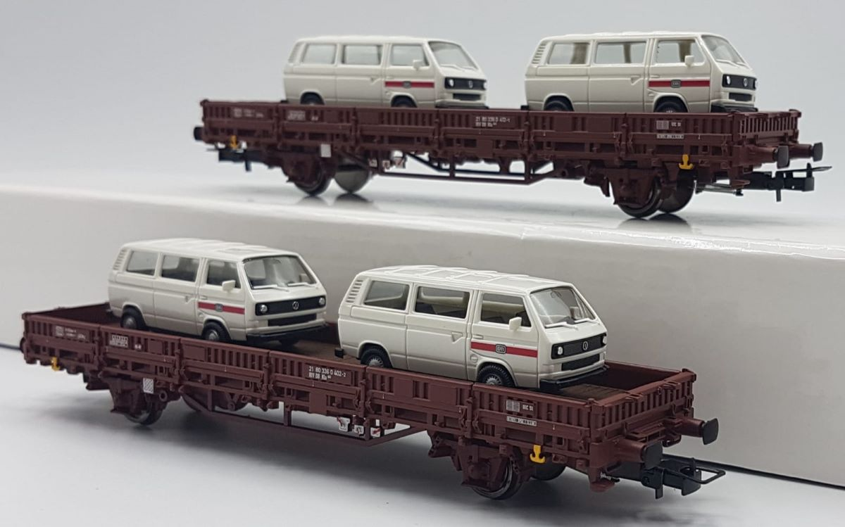 HR6458 Rivarossi HO Set 2 carri pianale Kls stanti carico VW T2 DB scala 1:87