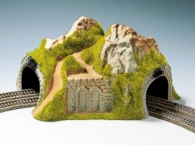 34730 NOCH SCALA N DIORAMA CON TUNNEL IN CURVA 2 BINARI