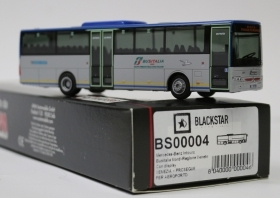 BS00004 BLACKSTAR BUS MERCEDES Autobus Intouro in livrea Busitalia Nord 1:87